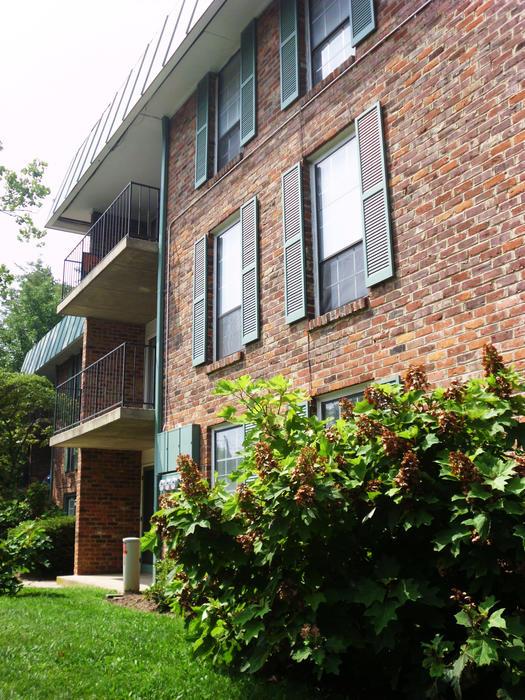 Uva Oxford Hill Apartments